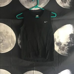 Nike Fit Dry Size Small Tank